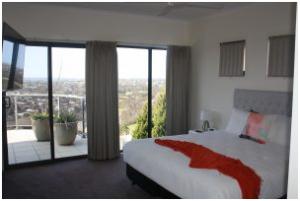 montrose main bedroom