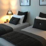 4402 single beds